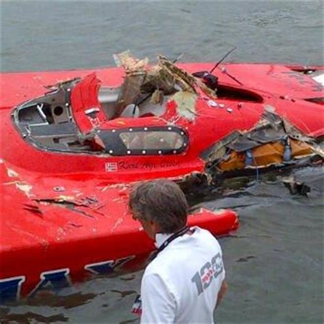 fast boat crash tragedy in class 1 lucididee fast boats
