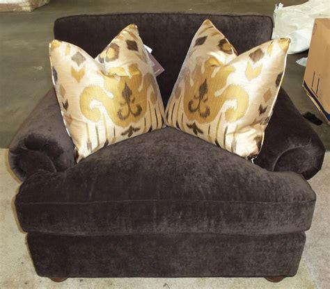 king hickory henson barnett furniture king hickory henson chair