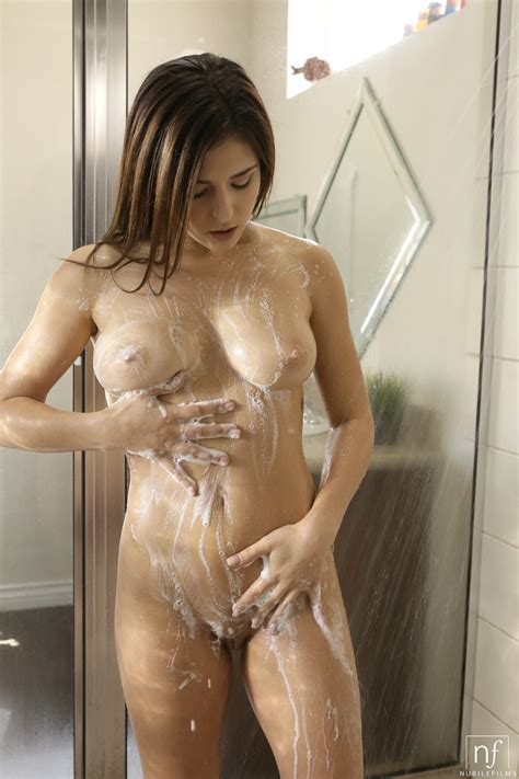 Leah Soaping Up In The Shower Sexy Gallery Full Photo Sexyandfunny Com