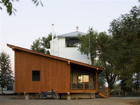 Small Home Builders Sacramento Yolo Tiny House In Sacramento Valley Gets Inspiration From