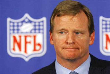 peyton manning and roger goodell goodell wins rock paper scissors standoff announces