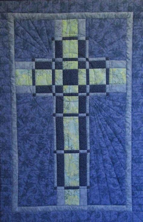 quilt pattern cross woven cross quilt tablerunner wallhangings pinterest