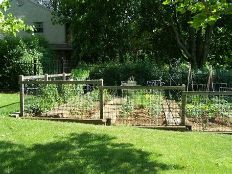 Small Garden Fencing Ideas This For You Landscaping Ideas Backyard Naturalist Maryland