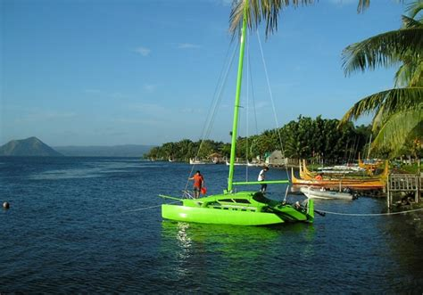 catamaran cruising costs 32 best trimaran images on pinterest boats boating and