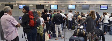 air pr 233 voit 60 de vols annul 233 s mardi au deuxi 232 me