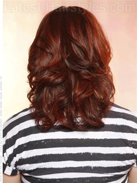 www step cut hairstyle that looks curly hair step cut for curly hair back view short curly hair