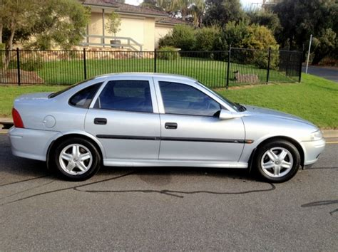 holden vectra 2002 2002 holden vectra photos informations articles