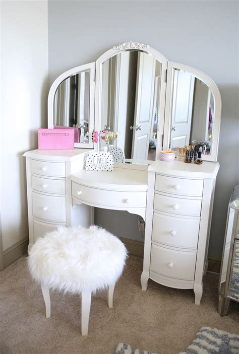 vanity images southern curls pearls bedroom reveal