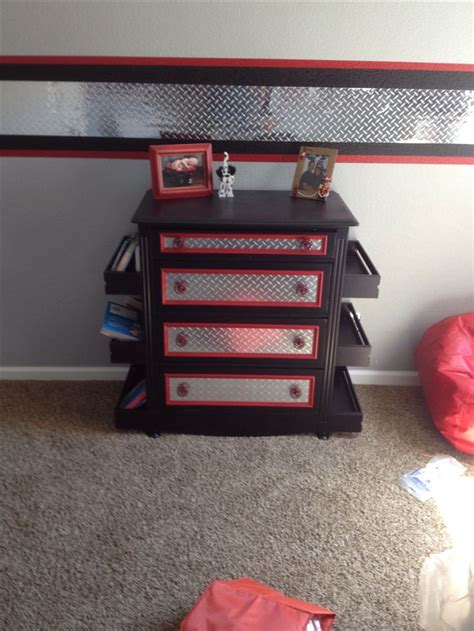 firefighter bedroom decor 17 best images about diamond plate decor on pinterest