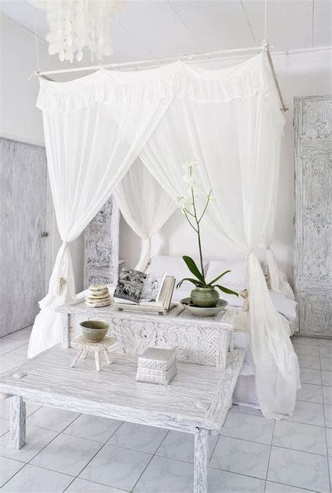silk canopy bed curtains 25 best ideas about canopy bed curtains on pinterest