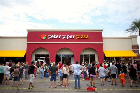 brand new new logo and restaurant design for peter piper