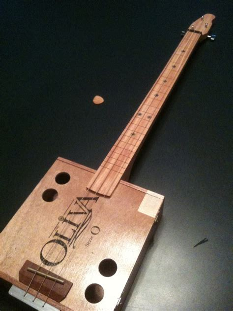Handmade Cigar Box Guitars - 22 best images about cigar box guitars on