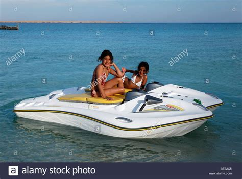 tracker boats miami ok egyptian girls on glass bottom boat with electric motor
