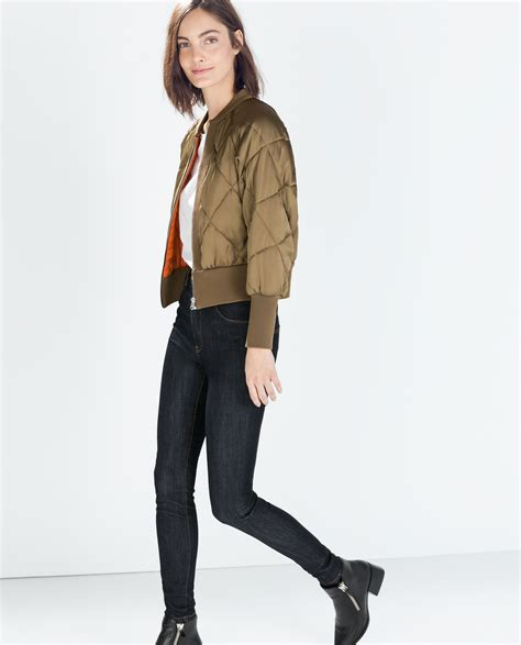 zara hollyoaks zara cropped quilted bomber jacket in lyst