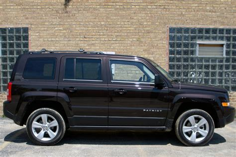 Jeep Patriot Latitude 2014 A Jeep Of A Different Caliber Web2carz