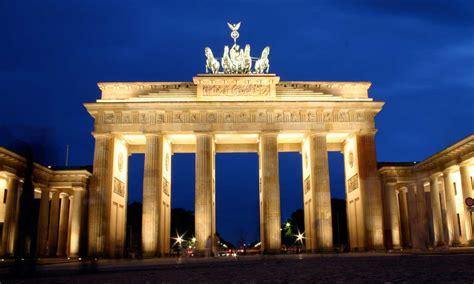 la porta di brandeburgo berlino in 6 tappe impossibile non innamorarsene
