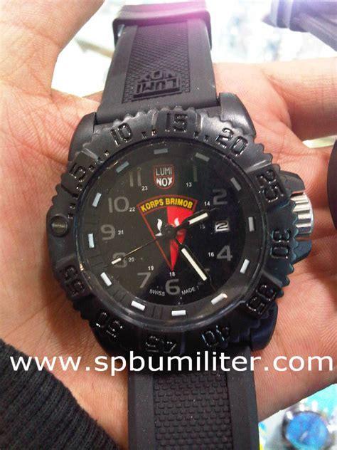 Jam Tangan Militer Luminox jam tangan luminox brimob spbu militer