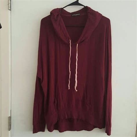 Sweater You Me Maroon 1000 ideas about maroon sweater on grey boots doc martens and maxi