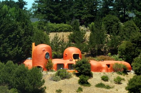 flintstones house the flintstone house wikipedia