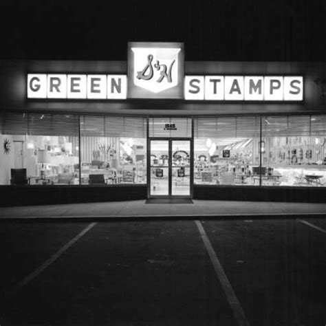 waldenbooks miami 17 images about stores of the past on new