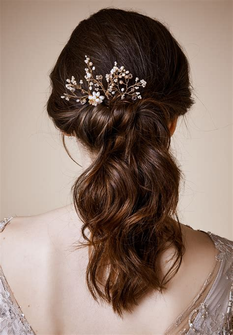 Wedding Hair Accessories   hitched.co.uk