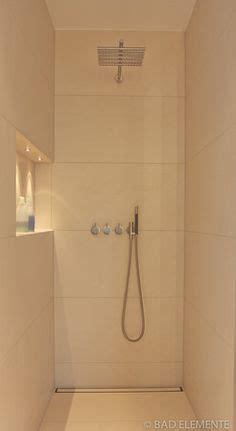 Badezimmer Fliesen Deckenhoch by Ein Zauberhaftes Duschbad Das Deckenhoch Mit Travertin