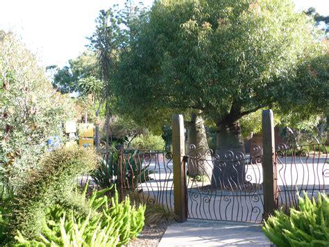 Melbourne Botanic Garden The Children S Garden Royal Botanical Gardens Melbourne Australia On The Go Kid
