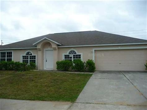 1122 imperial eagle st groveland florida 34736
