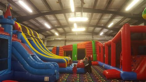 indoor bounce house bouncy house places 28 images birthday planner in miami entertainment a rivera