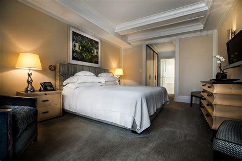 mark premier  bedroom suite