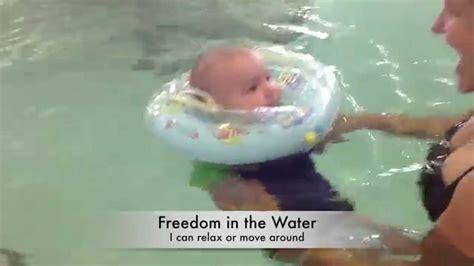 baby badewanne baby in a bathtub baby badewanne badewannen fr babys baby