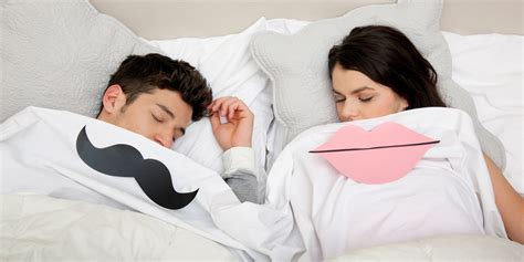 men and women in bed national sleep day how do the sleeping habits of men and
