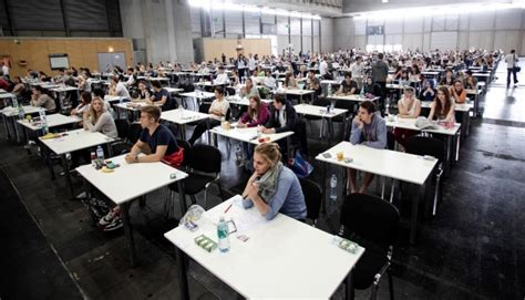 ricorso test ingresso medicina test ingresso medicina 2014 la facolt 224 scoppia