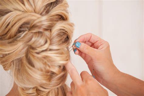 Jepit Bobby Pins Aksesoris Rambut Bridal Jepit Lidi Hi Berkualitas panduan membuat gaya rambut pengantin ala twist thewedding id
