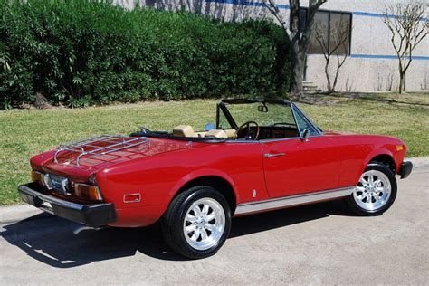 fiat spider 1978 1978 fiat spider pictures to pin on pinterest pinsdaddy