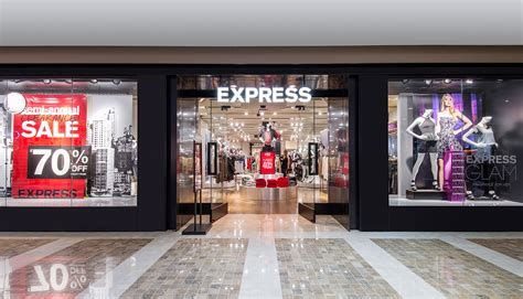 express clothing store driverlayer search engine