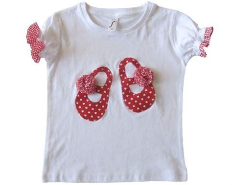 apliques que significa camiseta con inicial corazones de tela pinterest