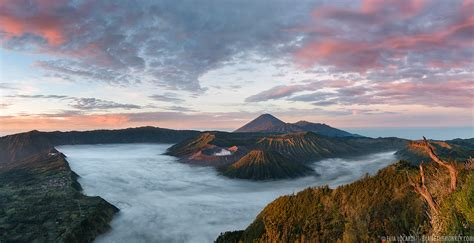 30 Square Meters travel photography stars over mt bromo indonesia