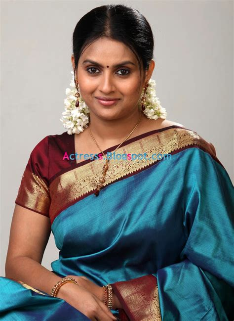 actress kalyani gallery telugu actress kalyani cute saree stills