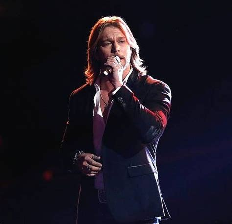 who sang rugged cross craig wayne boyd sings the rugged cross on the voice and surrenders it all to god