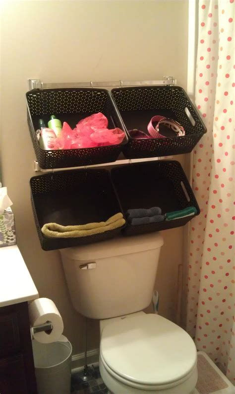 diy bathroom baskets diy 10 minute storage idea notes from the backseat