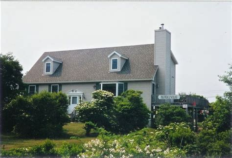block island cottage rentals panoramic views of block island 4 br vacation house for