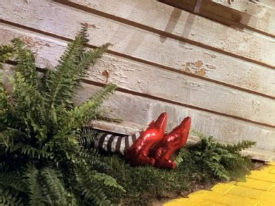 ruby slippers house 301 moved permanently