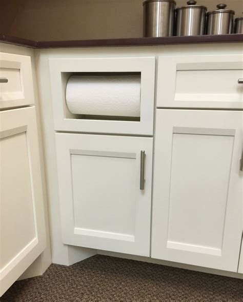 Pull Outs   Burrows Cabinets   central Texas builder