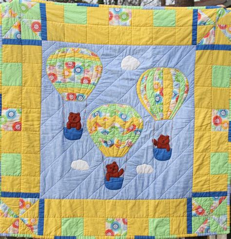 quilt pattern hot air balloon hot air balloon baby quilt sewing inspiration quilts