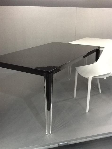 dining table polycarbonate dining table