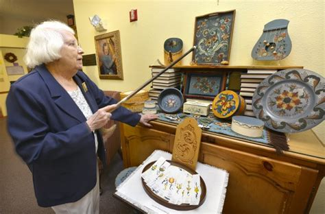Horlyk Sioux City Seniors Find Art For All Ages Bickford Cottage Sioux City