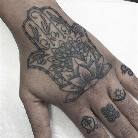Hamsa Tattoo Designs Meaning Hand Of Fatima Tattoo 2018 Eye Of The Lotus Tattoos 2