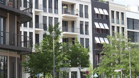 berliner morgenpost wohnungen die berliner kaufen mehr wohnungen in der hauptstadt