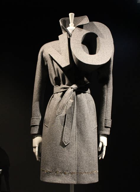 Of The Blogs Viktor Rolf Vogues 90th And Jimmy Choo by Ngv Exhibition Viktor Rolf Fashion Artistslady